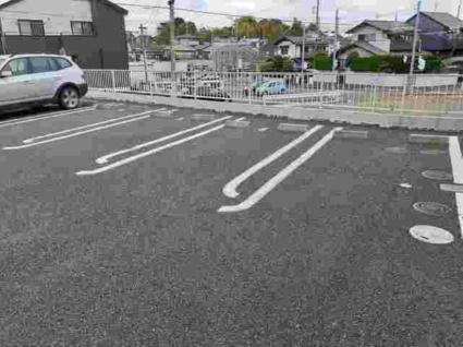 サンモールMⅡ[3K/47.76m2]の駐車場