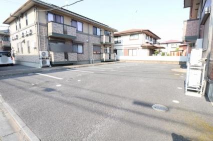 グランシャリオ ABC[2LDK/53.76m2]の駐車場1