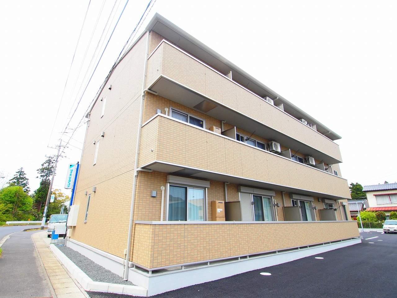 茨城県鹿嶋市、鹿島神宮駅徒歩30分の築3年 3階建の賃貸アパート