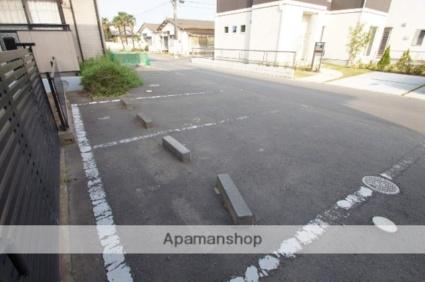 ソシア B棟[3DK/55.25m2]の駐車場