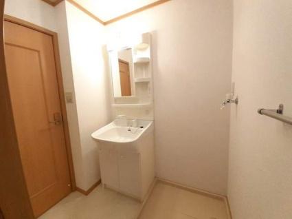 メゾンド・ファミーユC[2DK/42.77m2]の洗面所