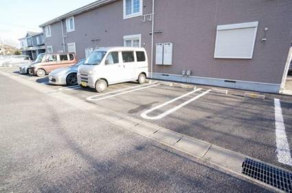 メゾンド・エスポワール伍番館[2DK/44.34m2]の駐車場