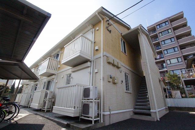 栃木県宇都宮市、宇都宮駅関東バスバス24分一条下車後徒歩3分の築8年 2階建の賃貸アパート