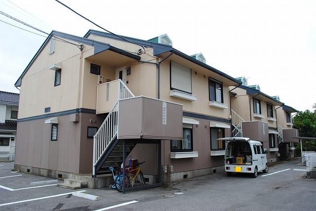 栃木県宇都宮市の築27年 2階建の賃貸アパート