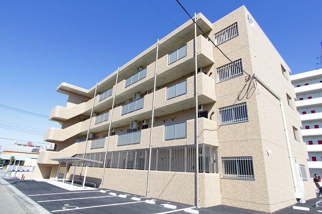 栃木県宇都宮市の新築 4階建の賃貸マンション