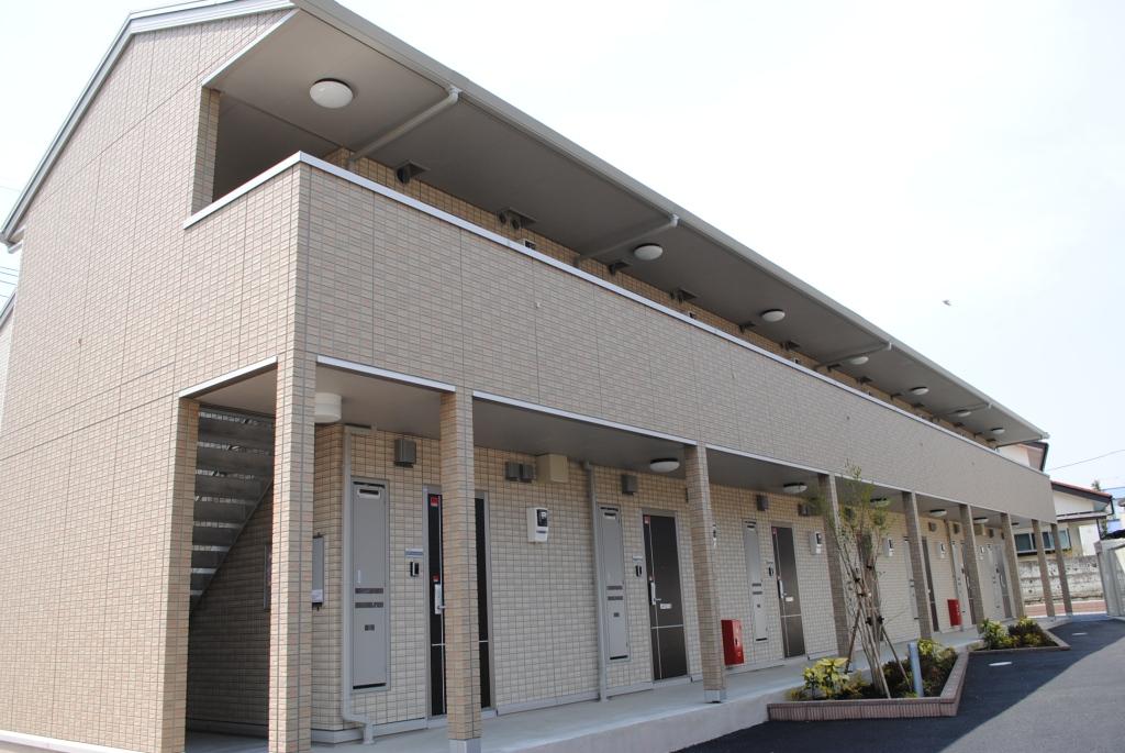 栃木県宇都宮市、宇都宮駅関東バスバス33分明保小東口下車後徒歩7分の築3年 2階建の賃貸アパート