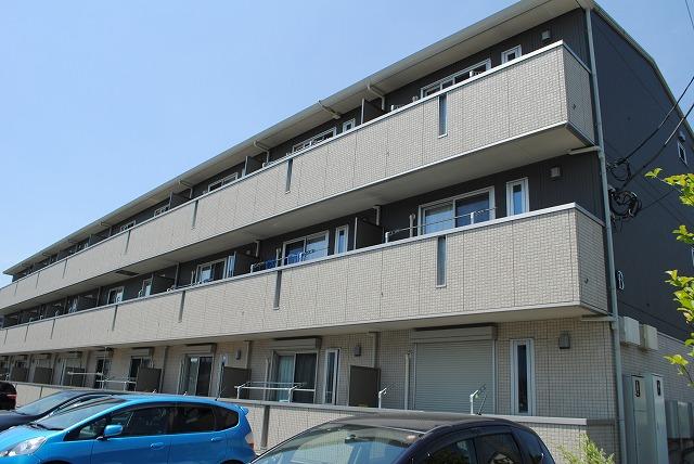 栃木県宇都宮市、宇都宮駅徒歩25分の築4年 3階建の賃貸アパート
