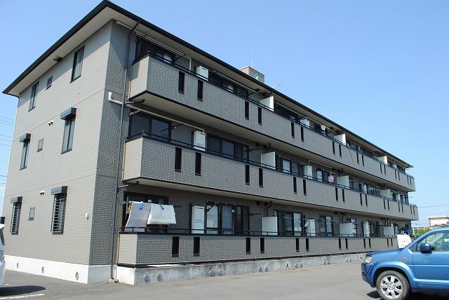 栃木県宇都宮市、雀宮駅関東バスバス60分下栗団地西下車後徒歩3分の築16年 3階建の賃貸アパート