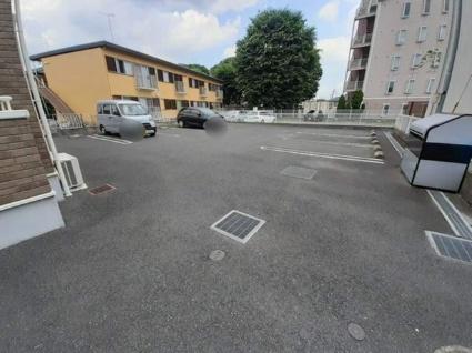カーサ・フィオーレ[1K/35.98m2]の駐車場