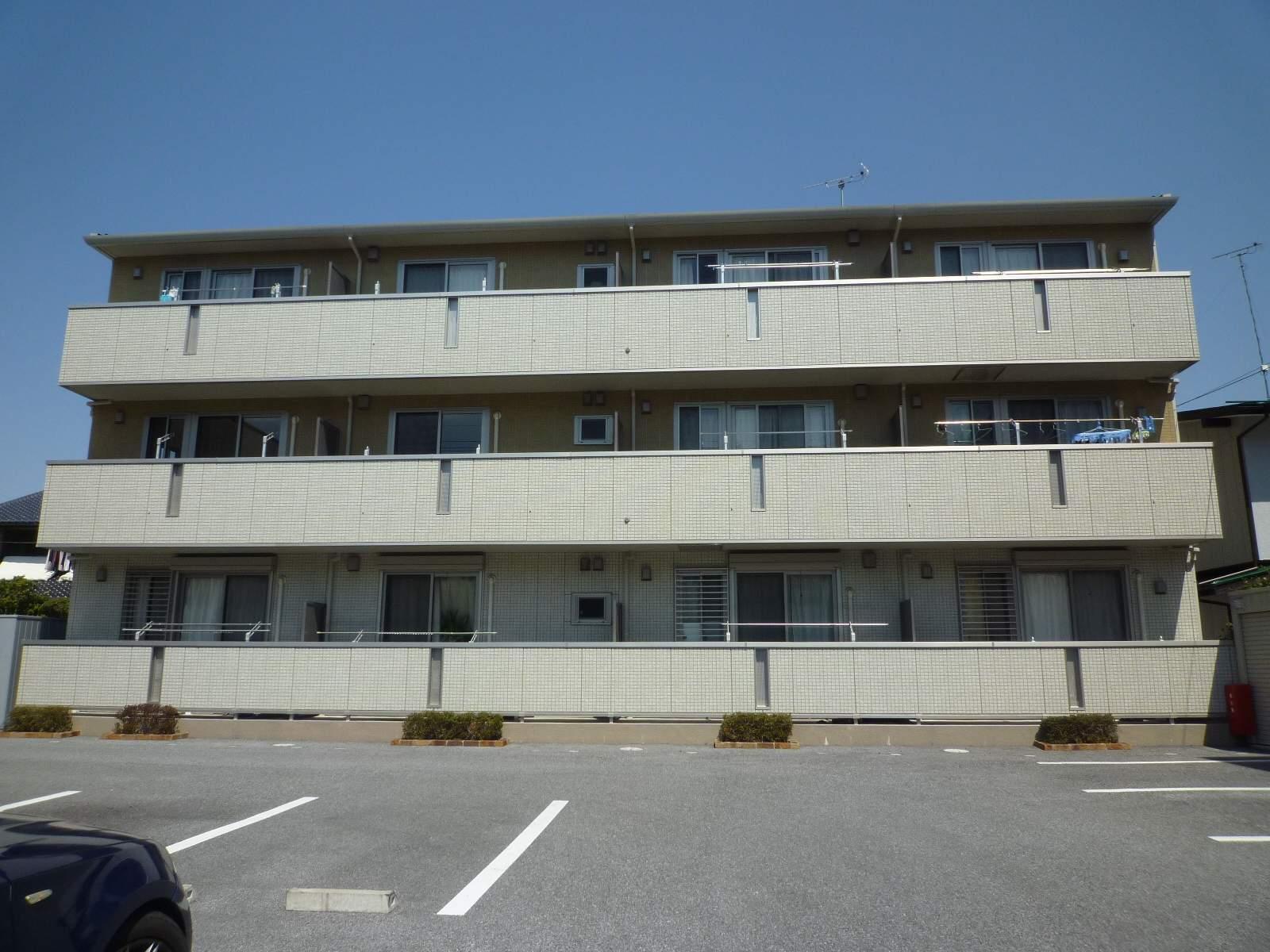 栃木県宇都宮市、雀宮駅バス50分宇大前下車後徒歩1分の築7年 3階建の賃貸アパート
