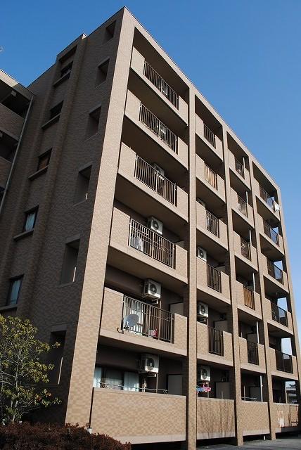 栃木県宇都宮市、宇都宮駅徒歩58分の築16年 6階建の賃貸マンション