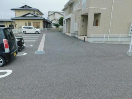 サンワハイツG[1K/30m2]の駐車場