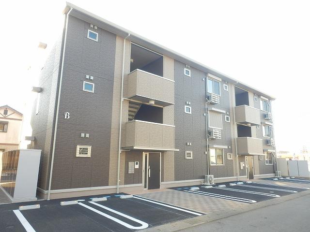 栃木県宇都宮市の新築 3階建の賃貸アパート