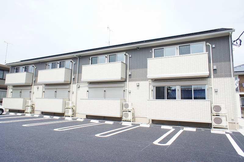 栃木県宇都宮市、雀宮駅徒歩15分の築2年 2階建の賃貸アパート