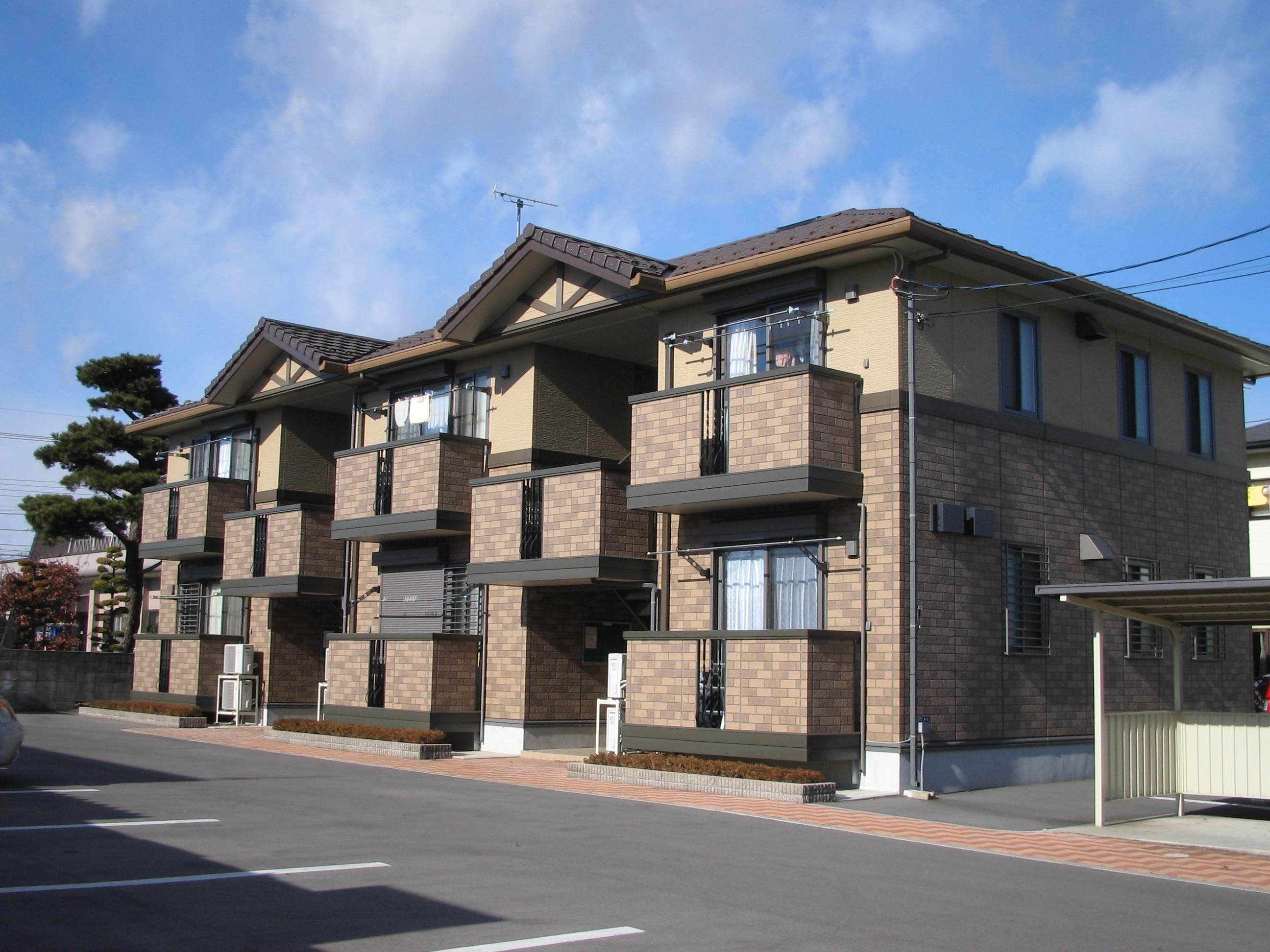 栃木県宇都宮市、江曽島駅徒歩7分の築13年 2階建の賃貸アパート