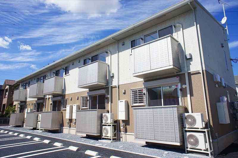 栃木県宇都宮市、西川田駅徒歩15分の築2年 2階建の賃貸アパート