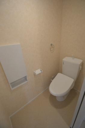 ヴィラ・ファルコン[1LDK/31.96m2]のトイレ