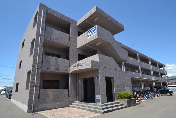 栃木県那須塩原市、西那須野駅徒歩24分の築16年 3階建の賃貸マンション