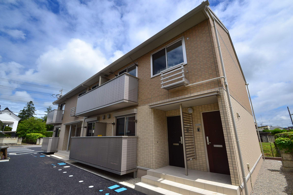 栃木県那須塩原市、黒磯駅徒歩4分の築4年 2階建の賃貸アパート