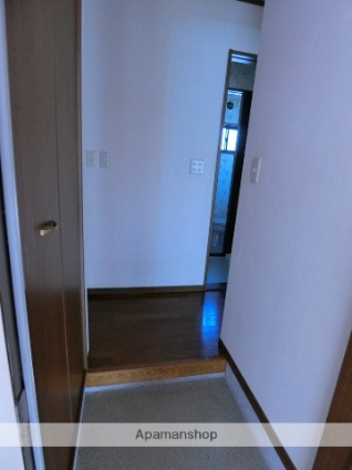ジョイフルライフA[2DK/39.74m2]の玄関