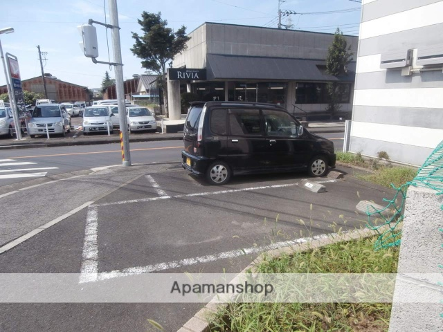 画像21:駐車場