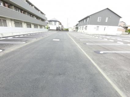 栃木県足利市福居町[1LDK/43.71m2]の駐車場
