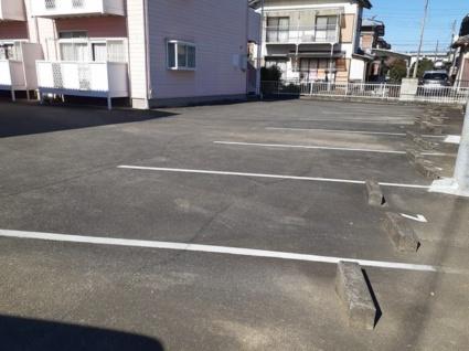 パールハイツC[2DK/39.74m2]の駐車場