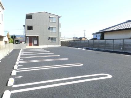 栃木県佐野市高萩町[1LDK/33.4m2]の駐車場
