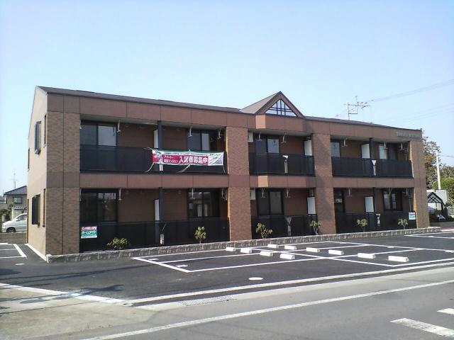 群馬県邑楽郡邑楽町、本中野駅徒歩5分の築9年 2階建の賃貸アパート