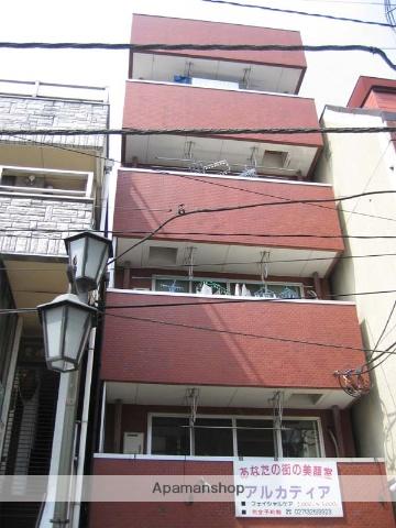 群馬県高崎市、高崎駅徒歩20分の築28年 5階建の賃貸マンション