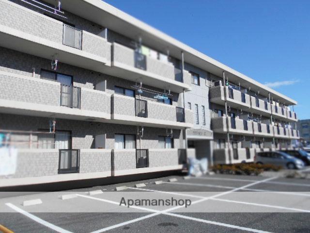 群馬県高崎市、高崎駅徒歩20分の築8年 3階建の賃貸マンション