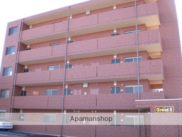 群馬県高崎市、井野駅徒歩25分の築8年 5階建の賃貸マンション