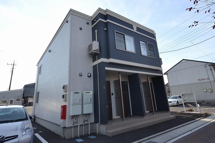群馬県高崎市、新町駅徒歩22分の築1年 2階建の賃貸アパート
