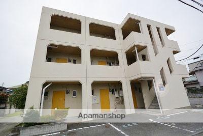 群馬県高崎市、高崎駅徒歩13分の築24年 3階建の賃貸マンション