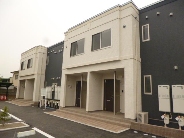 群馬県高崎市、高崎駅徒歩29分の築2年 2階建の賃貸アパート