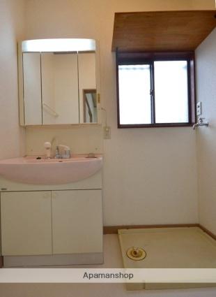 新前橋町一般住宅[4DK/77m2]の洗面所
