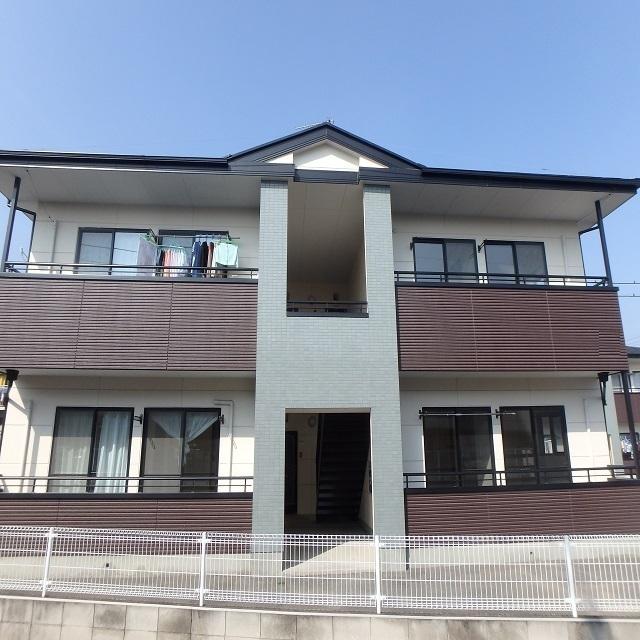 群馬県伊勢崎市、新伊勢崎駅徒歩9分の築17年 2階建の賃貸マンション