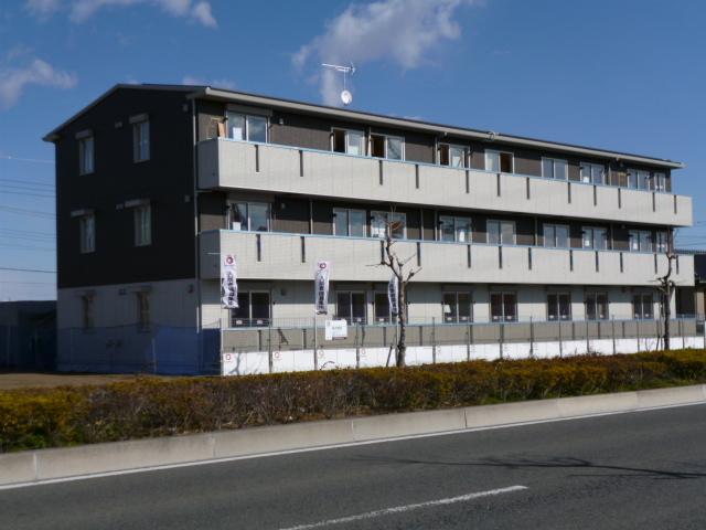 群馬県伊勢崎市、伊勢崎駅徒歩51分の築3年 3階建の賃貸アパート