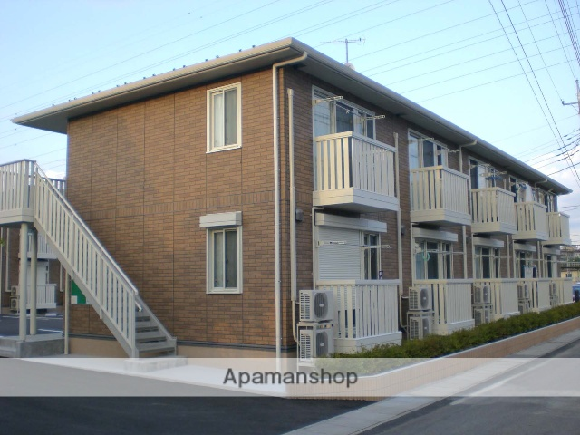 群馬県高崎市、高崎駅徒歩13分の築9年 2階建の賃貸アパート