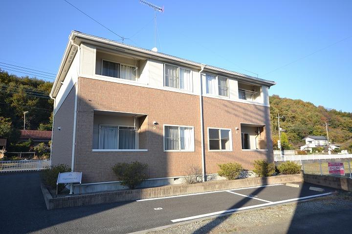 群馬県高崎市、吉井駅徒歩30分の築8年 2階建の賃貸アパート