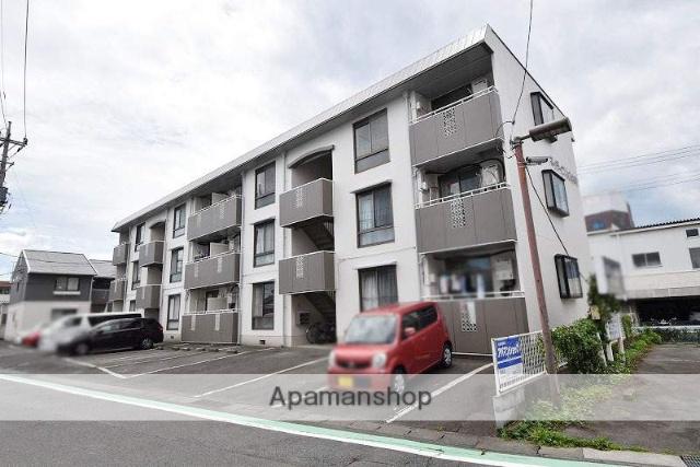 群馬県高崎市、高崎問屋町駅徒歩25分の築28年 3階建の賃貸アパート