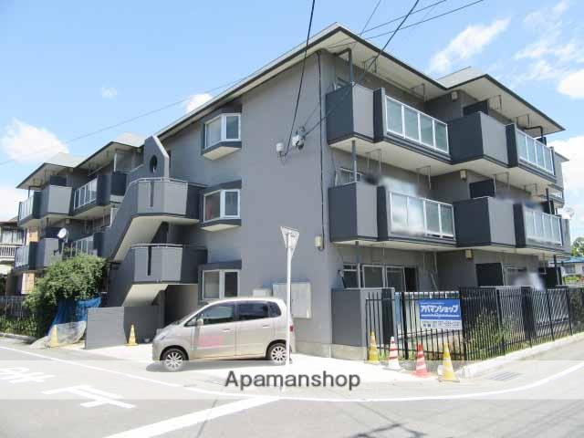 群馬県高崎市、高崎駅徒歩32分の築32年 3階建の賃貸マンション