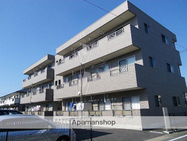 群馬県高崎市、高崎駅徒歩26分の築9年 3階建の賃貸マンション