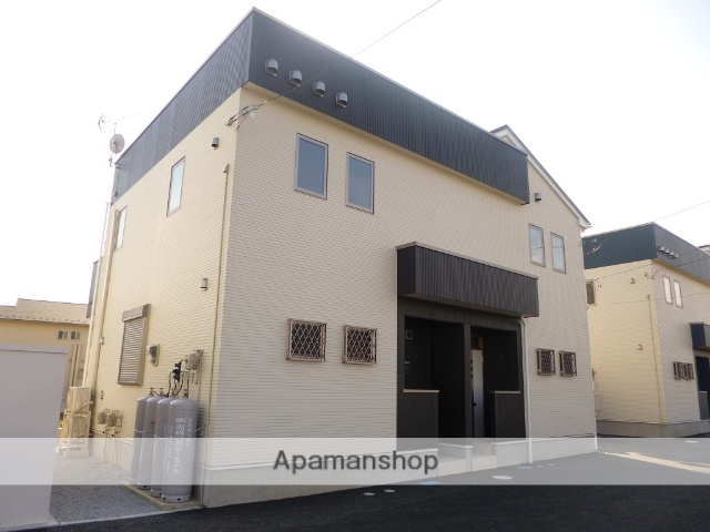 群馬県高崎市、井野駅徒歩29分の築4年 2階建の賃貸テラスハウス