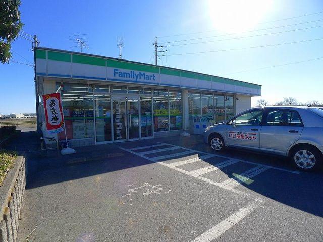 ファミリーマート日野屋千代田店