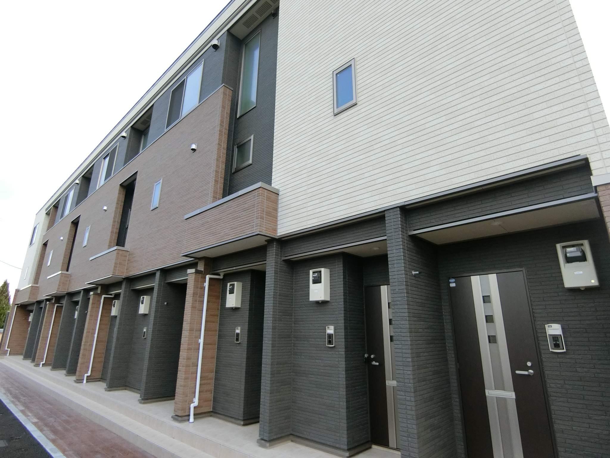 群馬県太田市、太田駅徒歩42分の新築 3階建の賃貸アパート