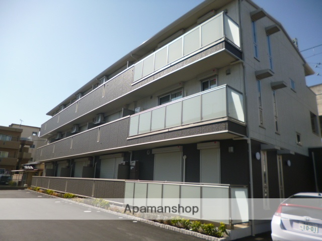 群馬県太田市、太田駅徒歩15分の築4年 3階建の賃貸アパート