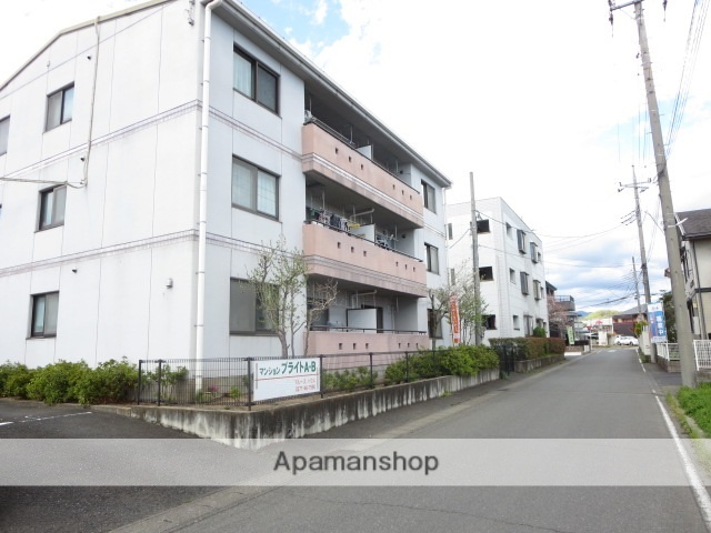群馬県みどり市、岩宿駅徒歩30分の築19年 3階建の賃貸マンション