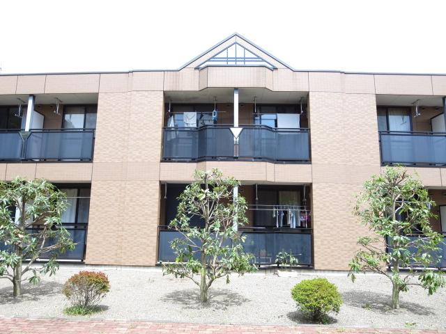 群馬県みどり市、岩宿駅徒歩10分の築10年 2階建の賃貸アパート