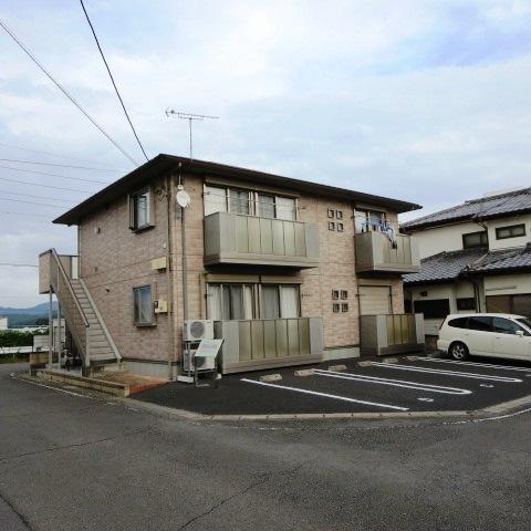 群馬県桐生市、相老駅徒歩6分の築10年 2階建の賃貸アパート